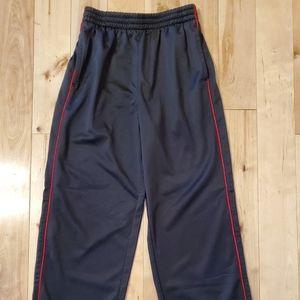 Everlast Boys Black & Red Athletic Pants (M)